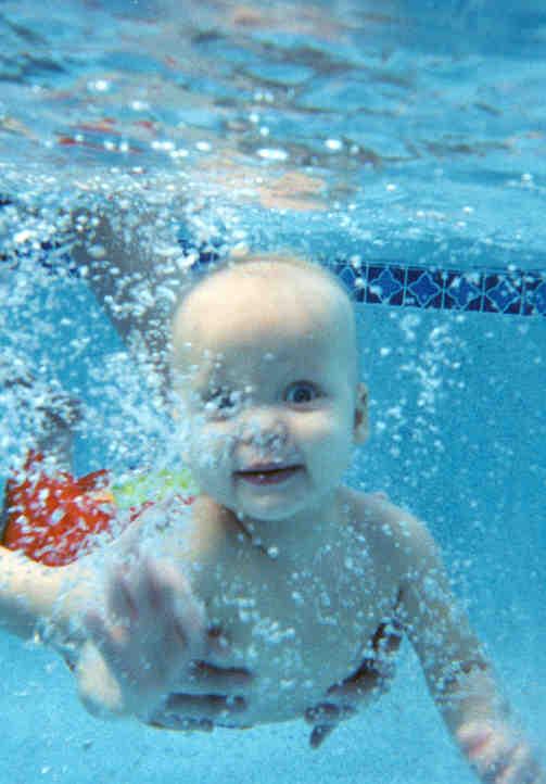 Wanneer Mag Baby Zwemmen.Baby Zwemmen Tips Ikkeben